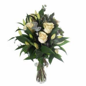 Ramo de Rosas y Lilium Blanco